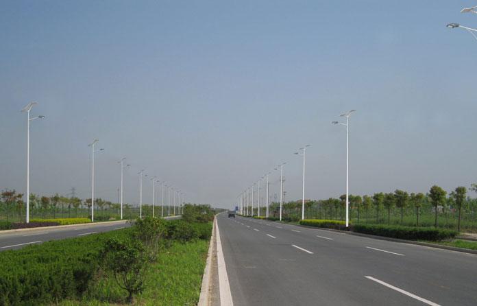 img-luminarias-solares-calles-y-caminos-05